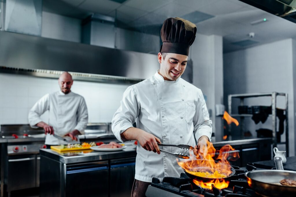 Creating a Safe Work Environment in Food Service